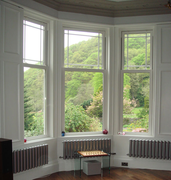 Traditional Pvc Sash Windows In Weathershield Coventry